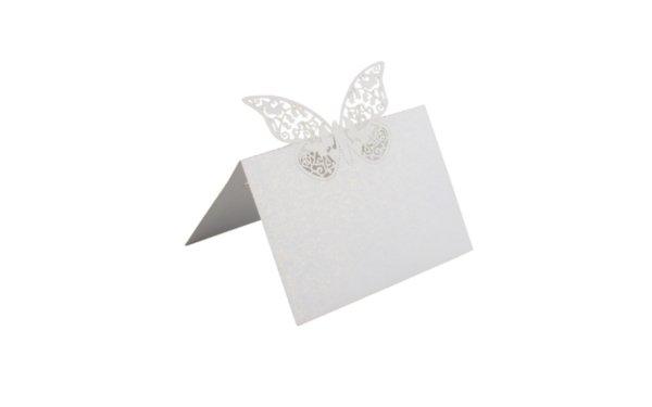 På billedet ser du variationen Bordkort. Sommerfugl i top/midt. 10 stk fra brandet i en størrelse H: 12 cm. B: 9 cm. i farven Hvid