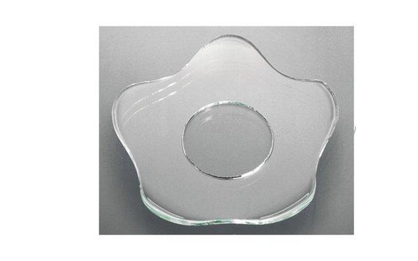På billedet ser du variationen Lysmanchet. Basic line. Blomst. Glas fra brandet i en størrelse D: 6 cm. i farven Glas