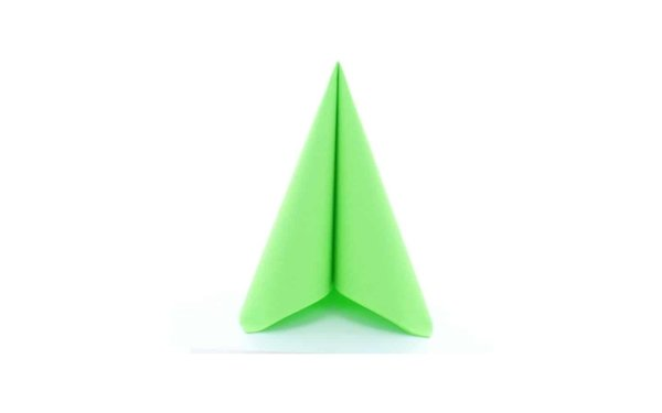 På billedet ser du variationen fra brandet i en størrelse B: 40 cm. L: 40 cm. i farven Æblegrøn